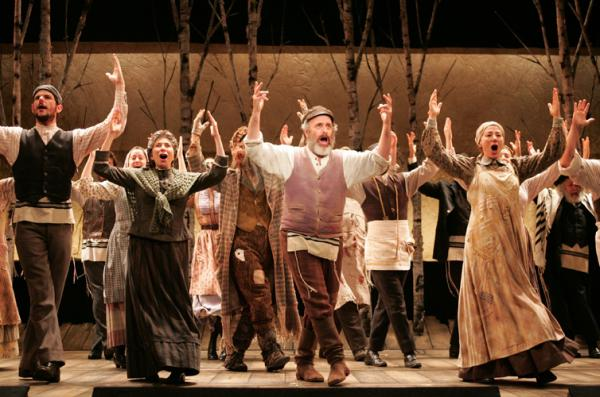 The cast of Goodspeeds FIDDLER ON THE ROOF