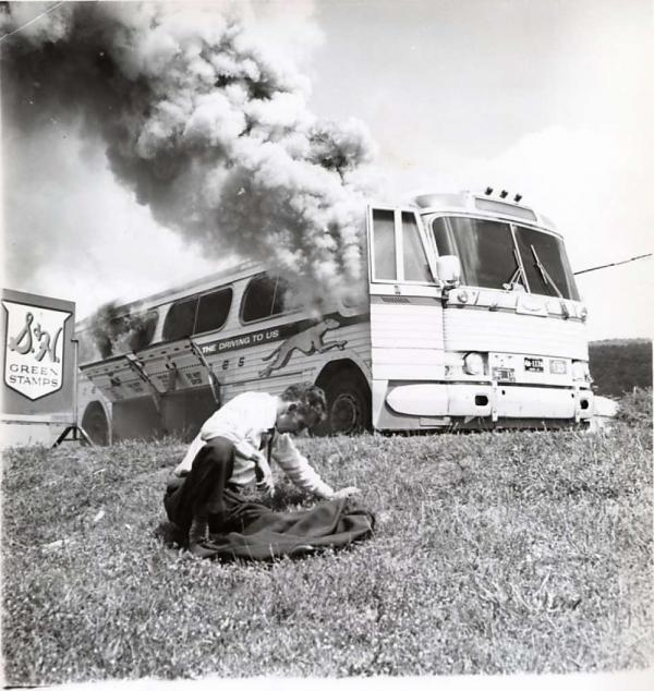 Freedom Riders, Anniston, Alabama, 14 maggio 1961