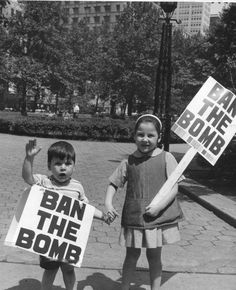Ban the bomb! New York 1959