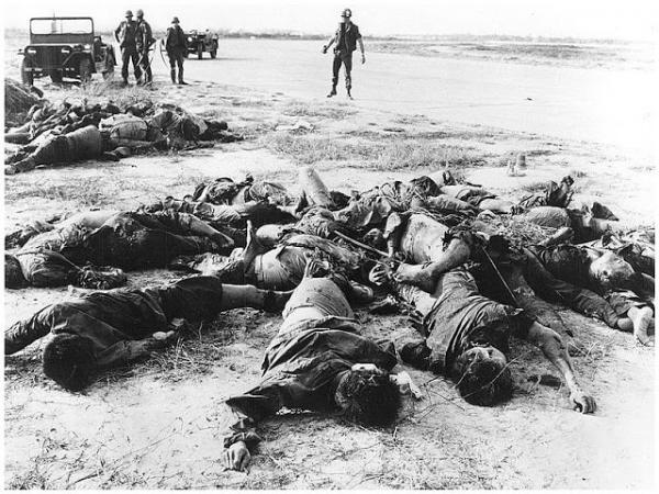 Victims of the destruction of Ben Tre, 1968, photographer unkown.