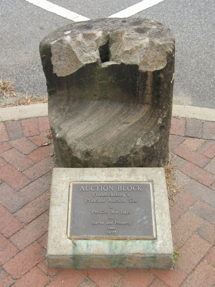 "L'""auction block"" di Fredericksburg, Virginia"