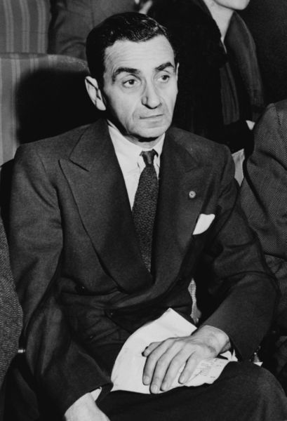 Irving Berlin nel 1948. Irving Berlin in 1948.
